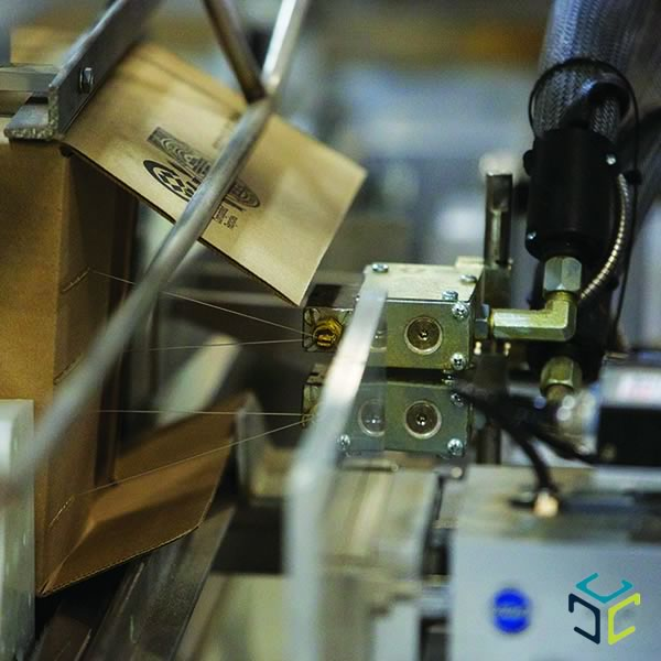 adhesivo termofusible cajas invisipac aplicacion