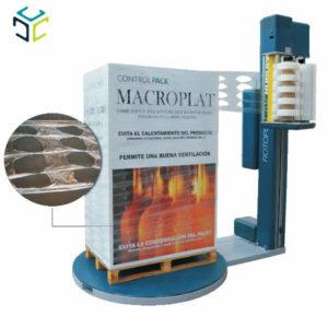 El sistema MACROPLAT incorpora en la misma máquina las funciones de fabricación y aplicación del film MACROPERFORADO.